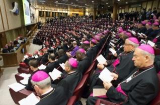 Új apostoli konstitúció szabályozza a püspöki szinódusokat
