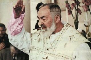 Száz éve kapta meg Pio atya a stigmákat