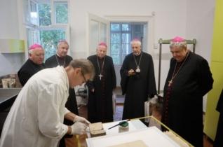 Püspökök a csíksomlyói levéltárban