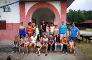 Közösségi programok a korai iskolaelhagyás megelőzése érdekében