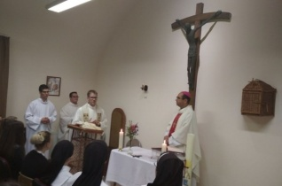 Megújult a szombathelyi II. János Pál-kollégium kápolnája