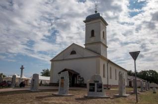 Ablakokat és ikonparkot áldottak meg a nyírpazonyi templombúcsún
