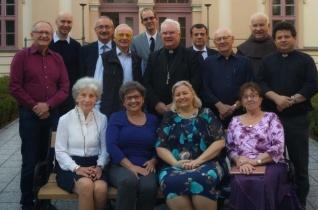 1 plusz 1 misszió – Hogy minden külföldre szakadt magyarhoz eljusson az Egyház