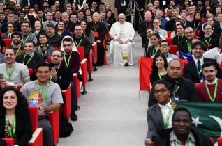 Ferenc pápa üzenete a 2018. évi missziós világnapra