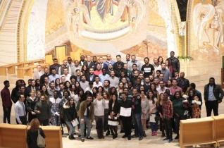 A nagy üldöztetésből jöttek közénk – Üldözött keresztények tanévnyító szentmiséje Budapesten