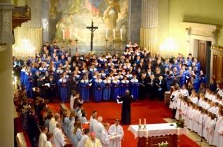Ősbemutatóra készül a váci Szent Cecília Kórus