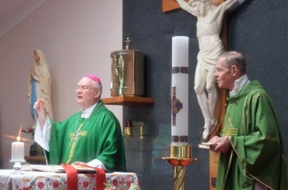 Befejeződött Cserháti Ferenc püspök ausztráliai lelkipásztori útja