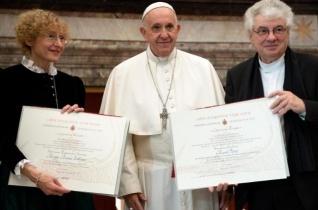 A teológiát és a művészetet a Lélek ereje hassa át Ferenc pápa beszéde a Ratzinger-díj át