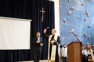 Megáldották a felújított Padányi-iskolát Veszprémben