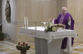 Ferenc pápa: A hit bátorságával készüljünk karácsonyra