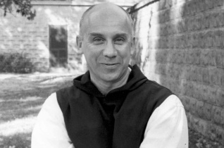 Kiút az öncsalás és illuzórikus vágykielégítés útvesztőiből – Ötven éve hunyt el Thomas Merton