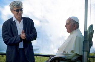 A gyászos ábrázatok betegségén túl – Wim Wenders filmje Ferenc pápáról