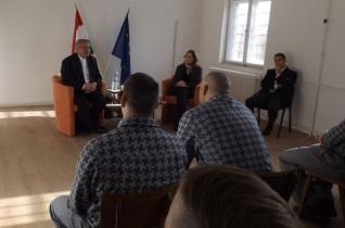 Az ünnepről beszélt fogvatartottaknak Veres András püspök Győrben