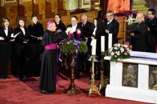 Ökumenikus karácsonyi hangversenyt rendeztek a nagyváradi székesegyházban