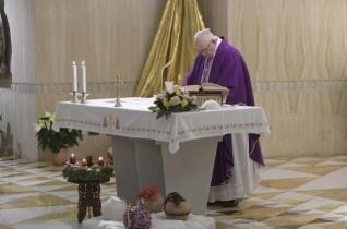 Ferenc pápa: Ne veszítsük el az álmodás képességét, mert ez nyitja meg a jövő kapuját