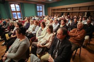 Adventi léleknyitogató a kaposvári püspökségen