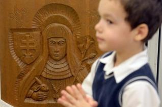 Árpád-házi Szent Margit ünnepe a soproni Szent Orsolya-óvodában – KÉPRIPORT