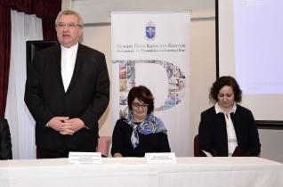 A szeretetre építve – Elindult a szociális intézmények vezetőinek továbbképzése Győrben