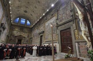 Bűnbánat a Vatikánban – Túlságosan önelégültek voltunk, hogy szembenézzünk Egyházunk sötét oldalával
