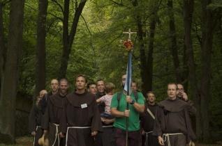 Hatvan szerzetes gyalogol Mátraverebély-Szentkútra szombaton