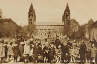 Szent Tamás apostol lábánál – Hogy került  a '30-as években egy kínai kisfiú Magyarországra?