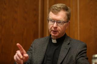 """Gyermekbántalmazás vatikáni szemmel – Hans Zollner SJ: """"Nem építkezhetünk aláaknázott földre"""""""